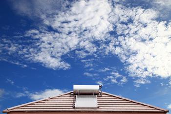 Panneau solaire thermique sur un toit